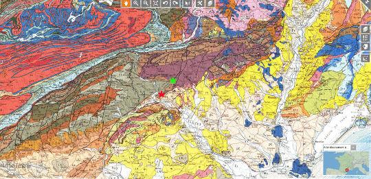Position du Puech de la Suque (astérisque vert) et de la carrière de Coumiac (astérisque rouge) dans le versant Sud de la Montagne Noire