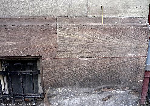 Stratifications obliques et entrecroisées (Strasbourg, 6 boulevard de Metz)