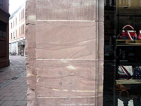 Stratifications obliques et entrecroisées (Strasbourg, 4 rue des Franc-Bourgeois)