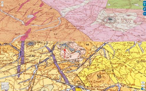 Vue sur fond géologique du secteur de Montclaret (Loire) et de sa carrière (flèche rouge)