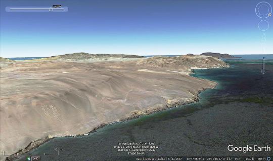 Vue aérienne de la côte Nord de la péninsule de Caracas montrant le désert arrivant jusqu'à la mer