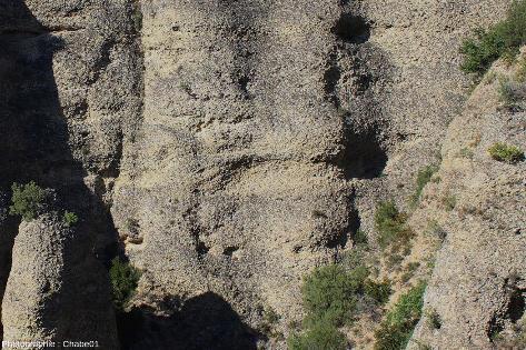 Détail d'une couche montrant de belles stratifications obliques au centre de l'image