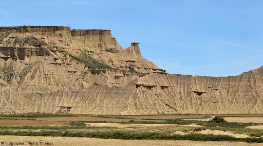 Zoom arrière sur le secteur détaillé sur la photo précédente, Bardenas Reales, Navarre espagnole