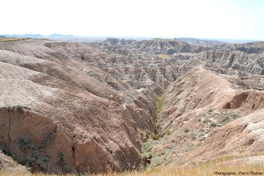 Divers aspects des Badlands dans le parc national du même nom, Dakota du Sud