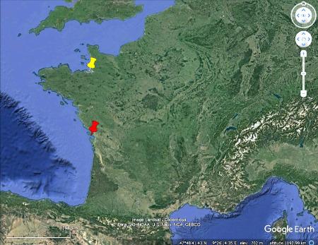 Localisation du Mont-Saint-Michel (punaise jaune) et de l'ile de Ré (punaise rouge)