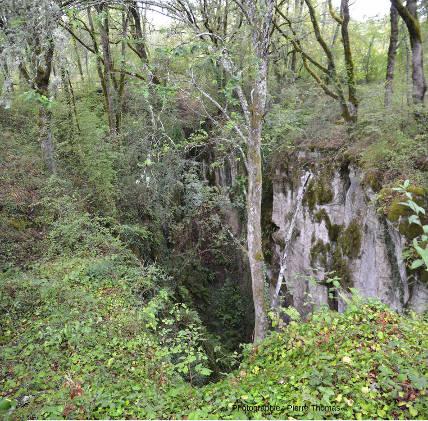 Autre vue du Cloup d'Aural (Lot), vu du dessus