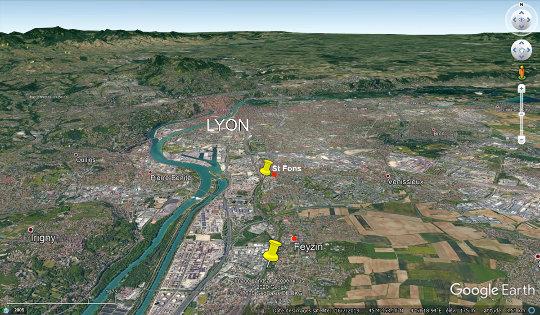 Vue aérienne du Sud de Lyon montrant où ont été prises la majorité des photographies, entre les deux punaises jaunes