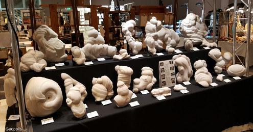 Stand entièrement consacré aux gogottes au Salon des minéraux de Paris en mars 2018