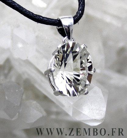Un bijou moderne taillé dans un quartz de La Gardette