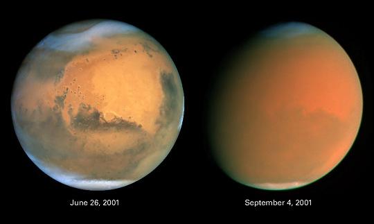 Deux images de Mars prise par le télescope spatial Hubble
