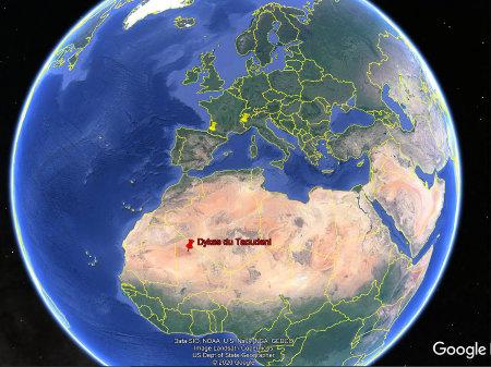 Localisation des sites à fentes en échelons montrés dans cet article: Taoudeni, Pyrénées et Alpes