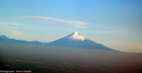 L'Osorno vu depuis le Nord, 2659m, DE 1869, 12000hab.