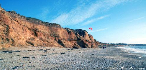 Vue d'ensemble sur le Nord de la plage de la Mine d'or (Pénestin, Morbihan)