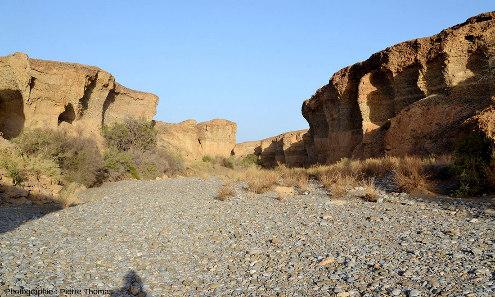 Parcours d'aval en amont tout le long du canyon de Sesriem, Namibie, vue 3/11