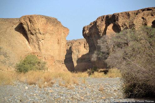 Parcours d'aval en amont tout le long du canyon de Sesriem, Namibie, vue 4/11