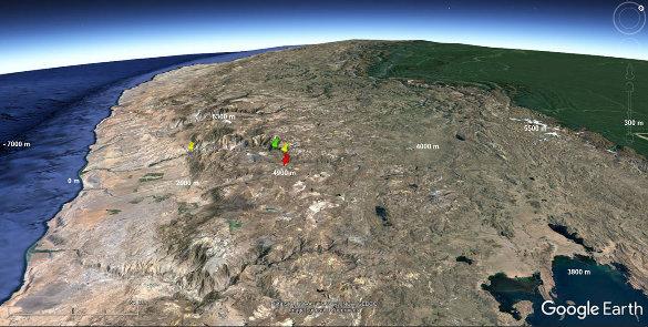 Localisation du canyon de Colca (Pérou) entre les deux punaises jaunes, et de la Croix du Condor (punaise verte)