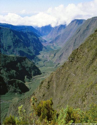 Panorama sur la vallée de la rivière des Remparts, Saint-Joseph, la Réunion