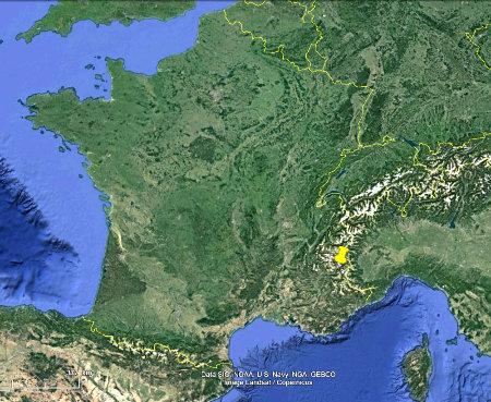 Localisation des sources de Plan de Phazy (Hautes-Alpes) sur une image satellite de la France