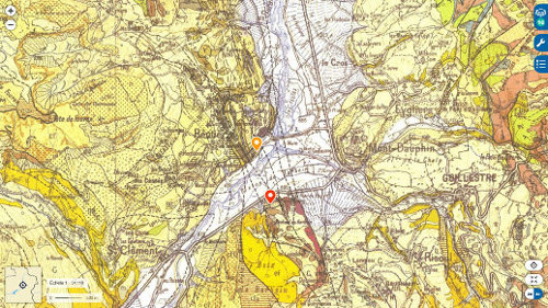 Extrait de la carte géologique de Guillestre à 1/50000 traversé du Nord au Sud par un faisceau de failles qui affectent toute la série locale, Trias évaporitique et socle hercynien compris