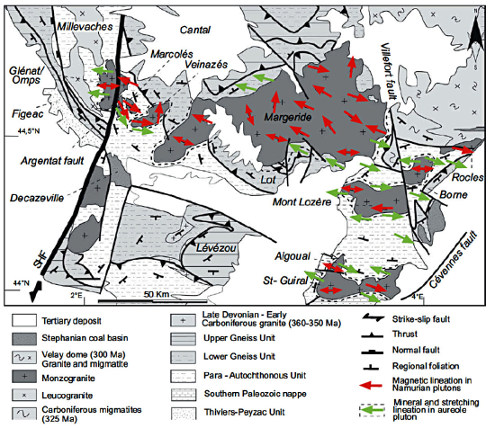 Carte des plutons de monzogranite porphyrique du Sud du Massif Central montrant les orientations préférentielles des mégacristaux de feldspath potassique (MFK) et la linéation magnétique acquise pendant la cristallisation du magma lors de l'événement D4