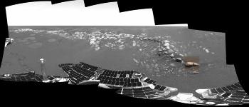 Localisation de stone mountain sur une image prise par la caméra panoramique d'Opportunity