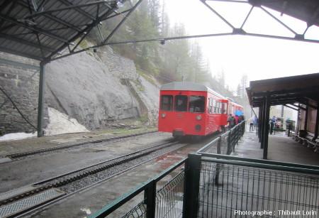 Train à crémaillère effectuant la liaison Chamonix – Montenvers