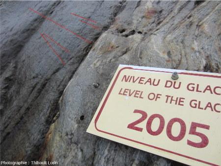 Stries glaciaires et roches moutonnées, image interprétée