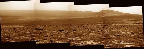 Mosaique d'images prises en direction du SE, montrant la bordure Ouest et Sud-Ouest du cratère Endeavour