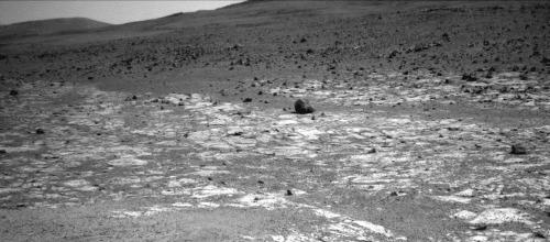 """Gros plan sur la limite terrain clair / terrain sombre, là où il n'y a pas de """"gradin"""" manifeste"""