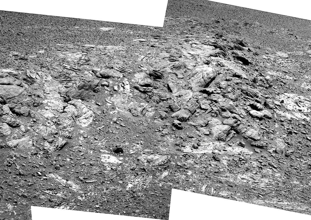 Zoom sur le gradin pris par la caméra panoramique le sol 3416 (4 septembre 2013)