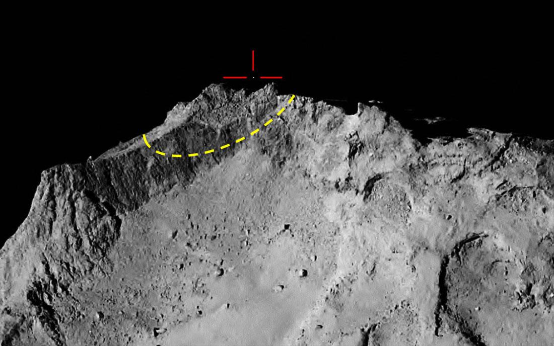 """Image prise par Rosetta le 12 novembre 2014 à 18h18min (heure française), 14min avant l'immobilisation définitive de Philae au fond de son""""trou"""""""