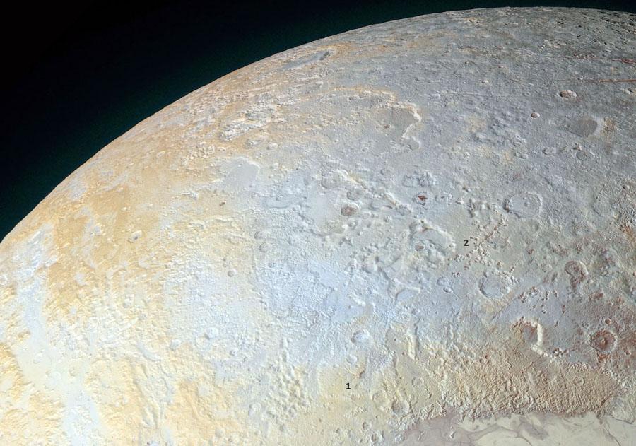 Région du pôle Nord de Pluton (en haut de l'image globale)