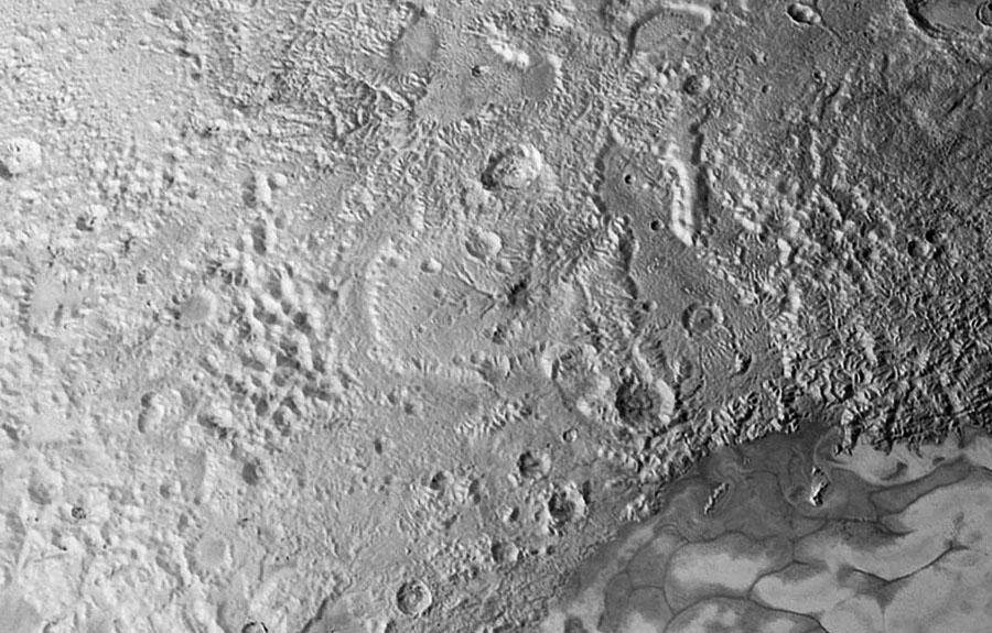 """Réseaux de type """"hydrographiques"""" sur Pluton ?"""