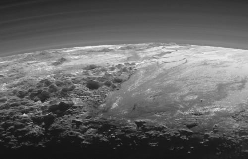 Zoom sur les Norgay Montes et l'extrême Sud de Sputnik Planum