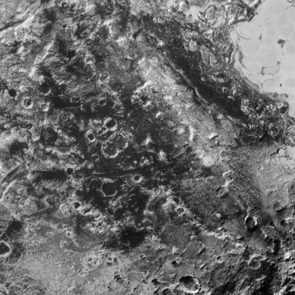 Zoom sur un secteur au centre de Viking Terra, Pluton