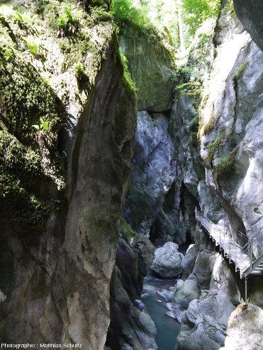 Vue des Gorges du Pont du Diable, depuis leur entrée amont, La Vernaz, Haute-Savoie