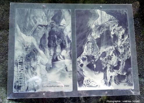 Panneau touristique dans les Gorges du Pont du Diable montrant les installations touristiques en 1900