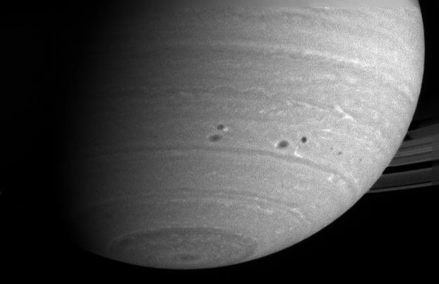 Détail de la surface nuageuse de Saturne