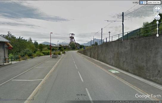 Puits de mine et corons, paysage du «Nord»» au milieu des Alpes