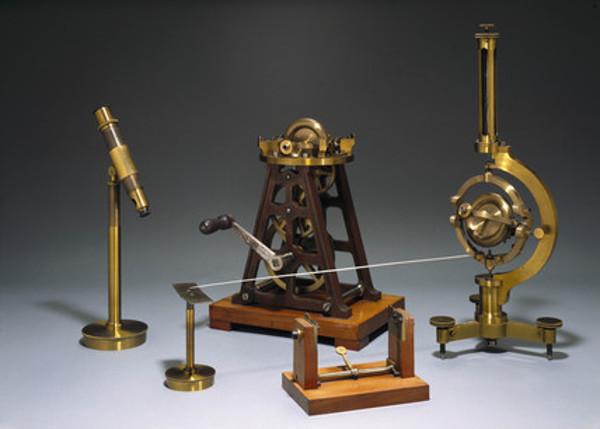 Matériel pour l'expérience du gyroscope de Foucault, construit par Dumoulin-Froment vers 1883