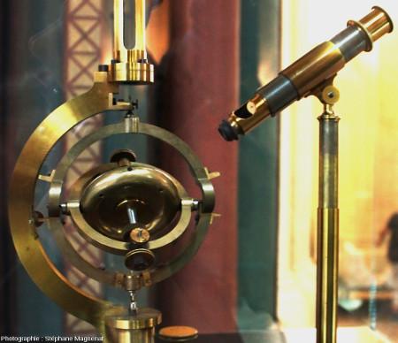 Gyroscope de Foucault, modèle construit par Dumoulin Froment en 1852