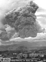 Éruption du Mont Pinatubo, Philippines, juillet 1991.