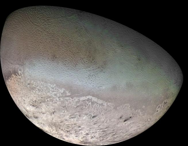 Triton, satellite de Neptune (NASA)