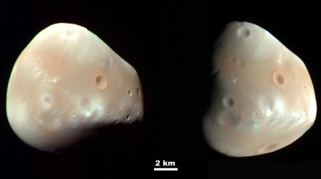 Deux vues d'ensemble (prises le 21 février 2009) de Deimos, l'un des deux satellites de Mars