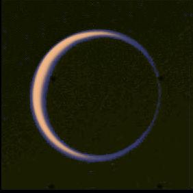 Photo de Titan prise par Voyager 2 le 13 Novembre 1981