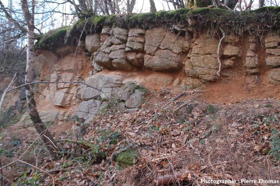 Exemple d'altération sous un sol