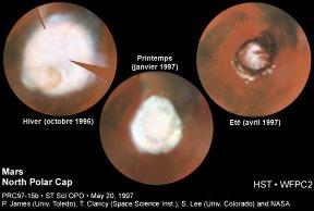 Image du télescope spatial montrant les variations de taille de la calotte Nord pendant 1/2 année martienne