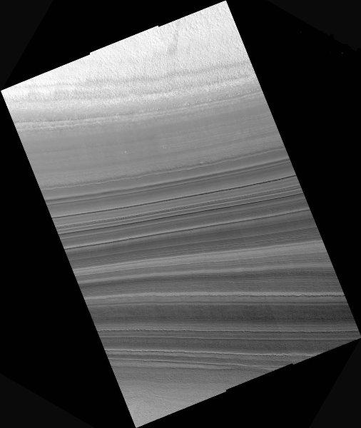 Détail d'un escarpement de la calotte polaire résiduelle Nord de Mars