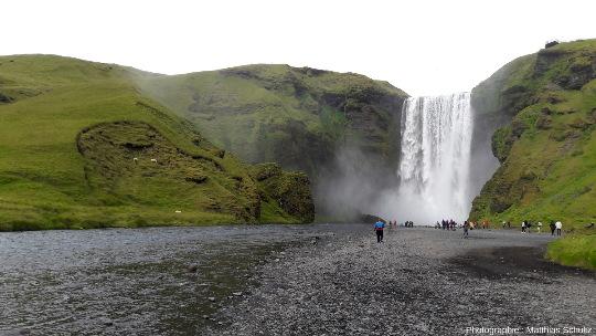 La chute de Skogafoss, Sud de l'Islande