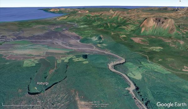 Vue aérienne rapprochée oblique du secteur d'Ásbyrgi, le long du cours de la Jökulsá á Fjöllum dans le Nord-Est de l'Islande